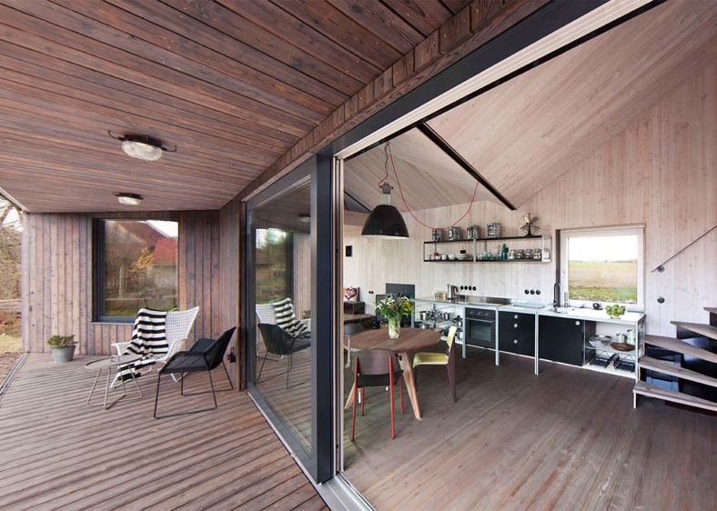 energy-efficient-wooden-house-zilvar-asgk-design-czech-republic-residential_dezeen_1568_1