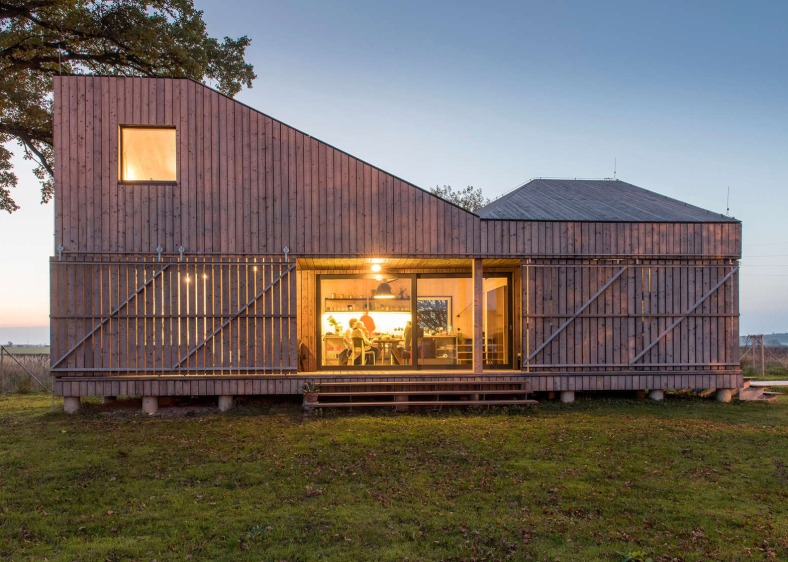 energy-efficient-wooden-house-zilvar-asgk-design-czech-republic-residential_dezeen_1568_2