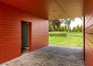 red-barn-roger-ferris_dezeen_1568_6-1